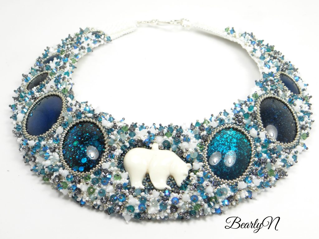collier plastron Bear In Mind
